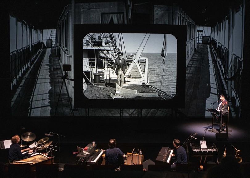 Image du cinéma-concert BUSTER de Mathieu Bauer autour des films de Buster Keaton au Moulin du Roc à Niort