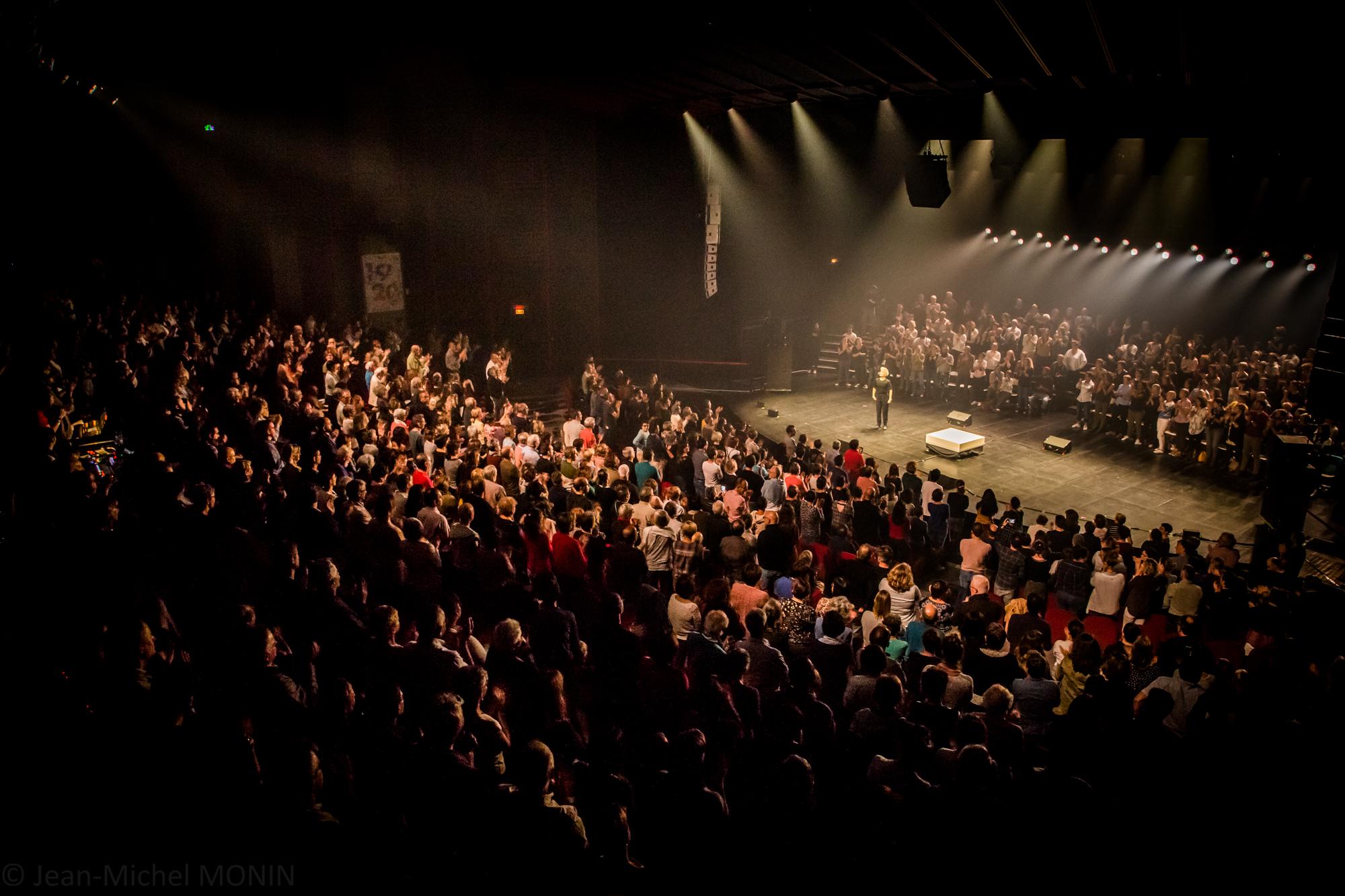 Vue du Grand Théâtre du Moulin du Roc à Niort pendant le concert de Jeanne Added